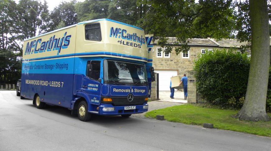 removals van outside home